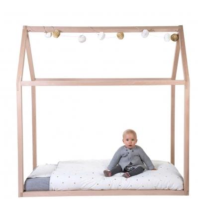 Schönes Kinderbett
